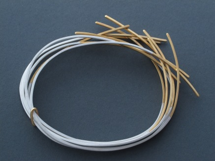 stacking bangle with 22ct gold tips