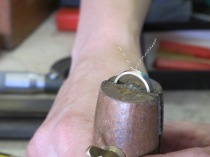 Drilling the ring for the setting